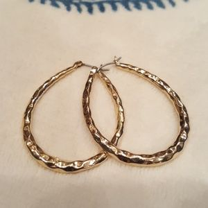 Jewelry - Gold hoops